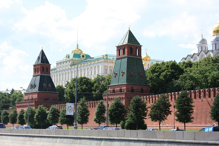 View on the Kremlin from Moscow river